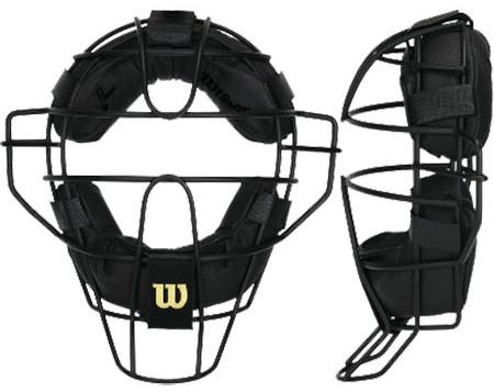 問題54:投球が球審のマスクに挟まった!